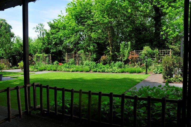 Bijvriendelijke-tuin-in-Warder-10