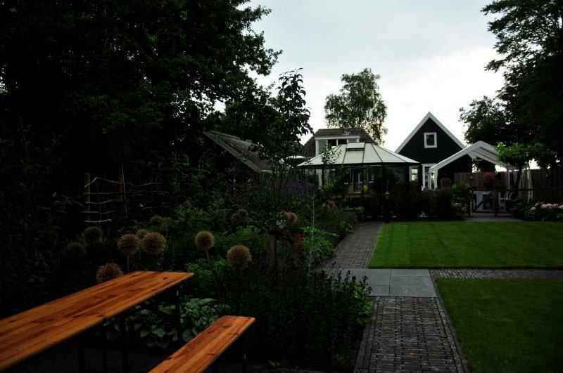 Bijvriendelijke-tuin-in-Warder-24