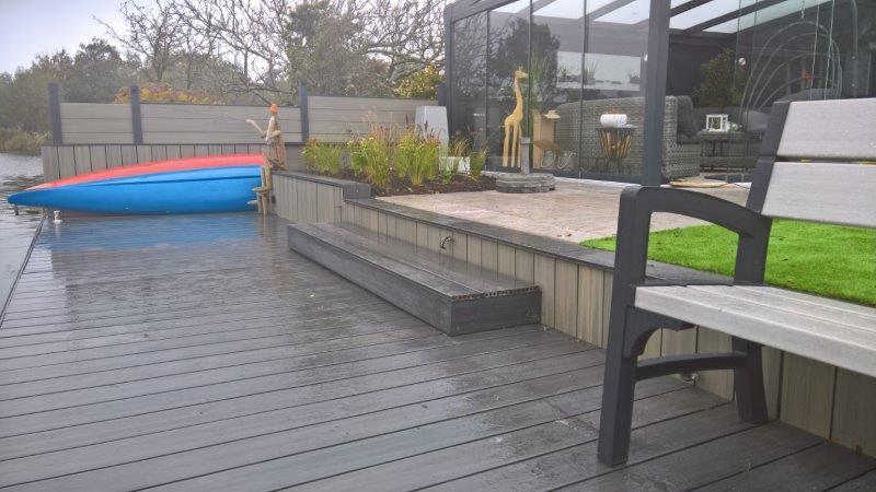 Aan-het-water-liggende-achtertuin-1